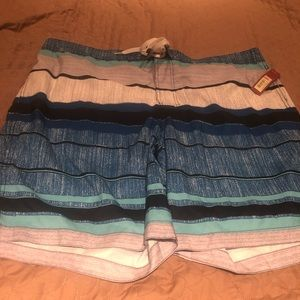Men's 2XL swim trunks. NWT